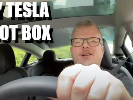 Tesla-loot-box-congrats-to-Rene-for-buying-new-car